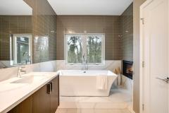 17. BL11 Master Bath