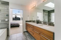20. BL12 Master Bath