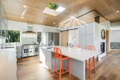 20. VR5 Kitchen