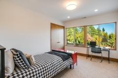 29. VR5 Bedroom